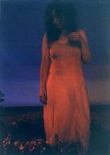 "Caroline Bouissou   photographie de la performance ""Flower-eater"", 2003   © Caroline Bouissou   photographie : © Belen Garcia de la Vega   courtesy de l'artiste"